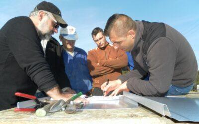 Szkolenie grup wykonawców w pokryciu dachu blacha na rąbek, czyli panel zatrzaskowy